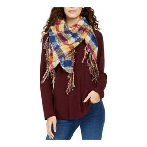 CHARTER CLUB CLASSIC PLAID BOUCLE TRIANGLE SCARF